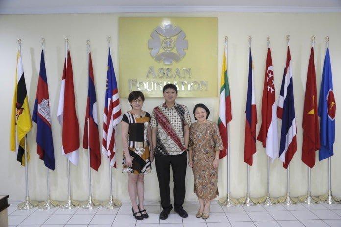 Elaine-Tan-ASEAN-Foundation-Eugene-Ho-SAP-Southeast-Asia-Megawaty-Khie-SAP-Indonesia-696x464