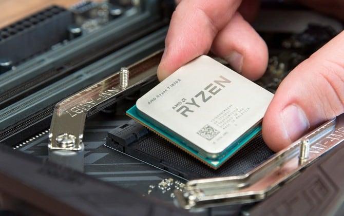 menjajal-prosesor-terkencang-amd-ryzen-7-1800x_m_140710